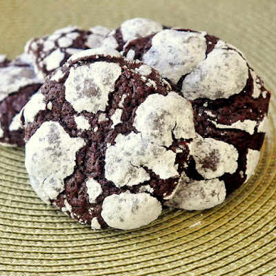 Foolproof Chocolate Crackle Cookies