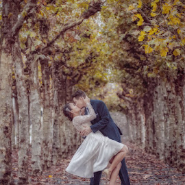 Kiss by Cesar Palima - Wedding Bride & Groom ( destination wedding photography )