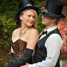 Steam Punker 3 by Marco Bertamé - People Couples ( fond de gras, outfit, steam punk, lady, couple, men, luxembourg, hat )