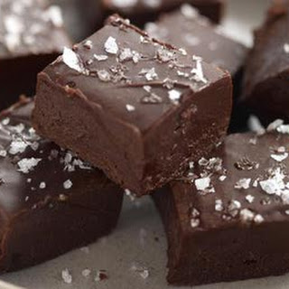 Super Easy Chocolate Fudge
