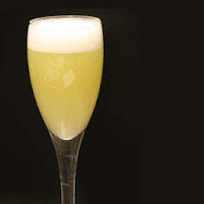 Pear And Cinnamon Bellini