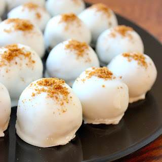 Pumpkin N' Spice Cream Cheese Truffles