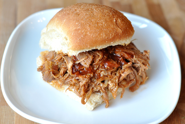 Slow Cooker BBQ Pulled Pork Sandwiches Recipe | Yummly