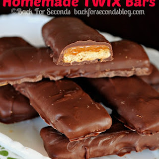Easy Homemade Twix Bars