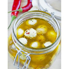 Spicy Marinated Mozzarella Cubes