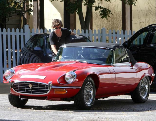 harry styles jaguar e type
