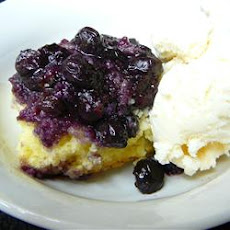 Cake-Topped Blueberry Dessert