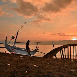 Waiting sunrise by Arief Adi - Landscapes Sunsets & Sunrises ( water, banyuwangi, sea, jetty, seascape, nikon, morning, landscape )
