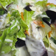 Sam Choy's Garlic Ranch Salad Dressing