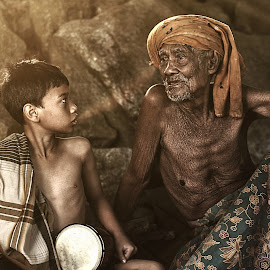 Memoirs of Village by Rizalman Ali - People Portraits of Men ( grandpa, human interest, portrait, hyper portrait )