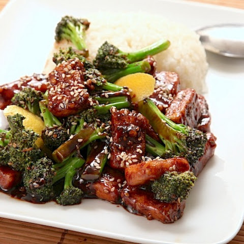 Vegan Crispy Stir-Fried Tofu With Broccoli