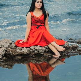 Mirror by Gundala Petir - People Portraits of Women