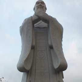 Confucius by Ricky Theopilus - Buildings & Architecture Statues & Monuments ( confucius, statue, china )