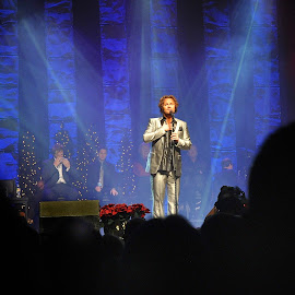 David Phelps by Dennis McClintock - People Musicians & Entertainers ( concert, singing, musician, entertainer, live performace challengs,  )