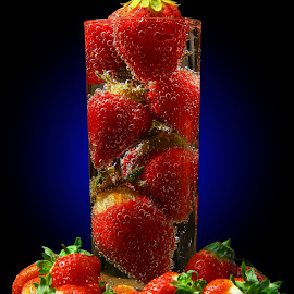 BuBbLinG, bUbBLing S23OB3Z... by Vernon Mata - Food & Drink Fruits & Vegetables
