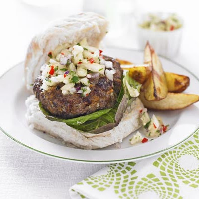 Jerk Beefburger With Pineapple Relish & Chips