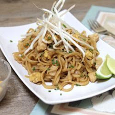 Chicken pad Thai noodles