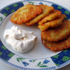 Old-Fashioned Potato Pancakes