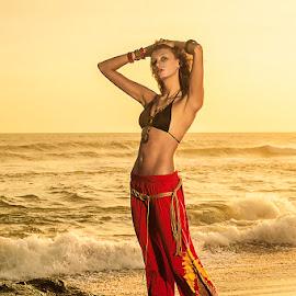 Curve of Bohemian Girl by Amin Basyir Supatra - People Fashion ( bali, fashion, girl, beautiful, beach, beauty, portrait )