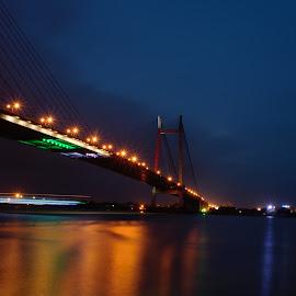 Beautiful Kolkata by Soumyadip Ghosh - Buildings & Architecture Bridges & Suspended Structures ( kolkata, twilight, romantic, magichour, bridge, howrah, vidyasagarsetu )