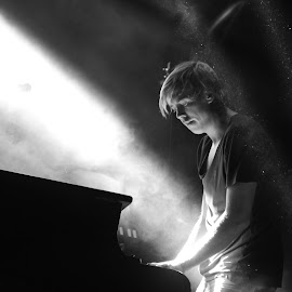 Goldfish, South Africa by Jane Dunne - People Musicians & Entertainers ( piano, black and white, musician, light, man,  )