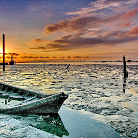 sunken boat ...rising sun by Derek Ooi - Landscapes Sunsets & Sunrises