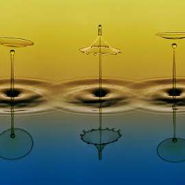 MOA(Mizu of Acrobat) by Toni Doank - Abstract Water Drops & Splashes ( water drops, splash water photography )