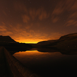 Dovestones at night. by Chris Baxter - Landscapes Mountains & Hills ( dovestones, england, saddleworth, 30 seconds, night, long exposure, samyang 8mm )