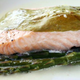Salmon with Sorrel and Asparagus en Papillote