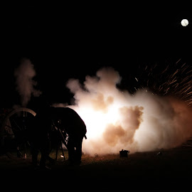 by Barbara Noles - News & Events US Events ( reenacting, canon, civil war )