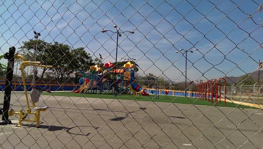 Parque Infantil II En La Cumaquita