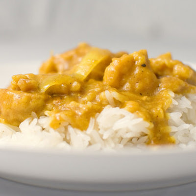 Yellow Curry Chicken (Gaeng Garee Gai)