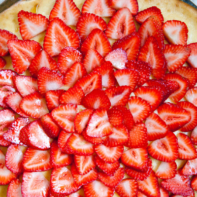 Strawberry Pizza