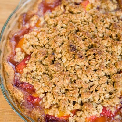 Peach and Ginger Crisp Pie
