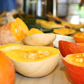 Les Curcubitacées! by Caroline Girard - Food & Drink Fruits & Vegetables ( orange, fall colors, pepper squash, pumpkin, squash,  )