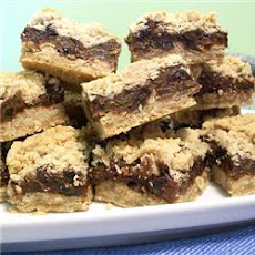 Chocolaty Raisin Oat Bars