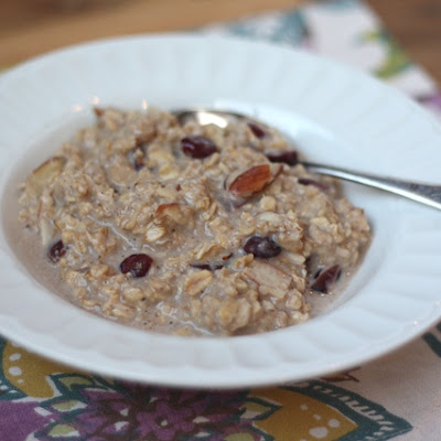 Cranberry Almond Crockpot Oatmeal