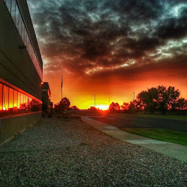 Sunrise by Paul Downs - Instagram & Mobile Android