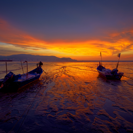 ... beautifully together by Keris Tuah - Landscapes Sunsets & Sunrises ( sunset, seascape, keristuah, landscape )