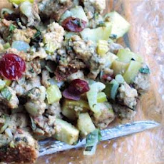 New England Sausage, Apple and Dried Cranberry Stuffing
