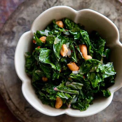 Sautéed Kale with Toasted Cashews