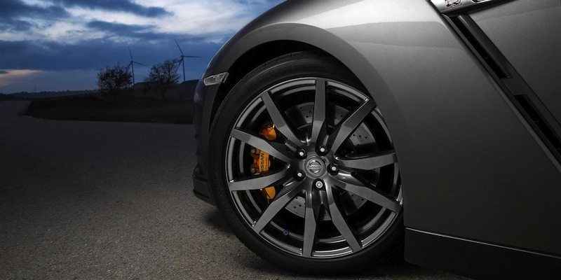Nissan GT-R Gentlemans Edition wheel