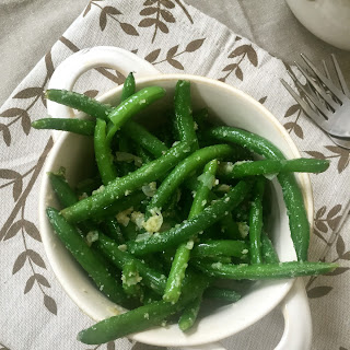 Simple Garlic Parmesan Green Beans