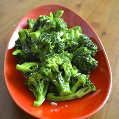 GARLICKY BROCCOLI
