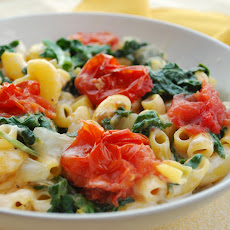 Monterey Jack & Macaroni With Spinach and Roasted Tomato
