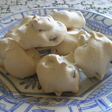 Chocolate Chip Meringue Cookies
