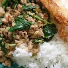 THAI HOLY BASIL CHICKEN: PUD GA-PRAO GAI SAP