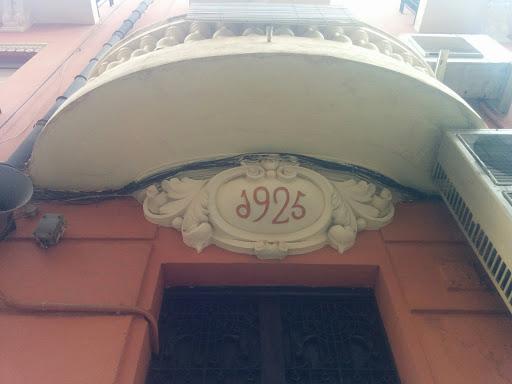 Entrada 1925