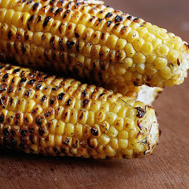 Grilled Corn by Vrinda Mahesh - Food & Drink Cooking & Baking ( grilled corn, grilling, corn )