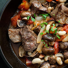 Quick Beef Stew with Mushrooms and White Beans